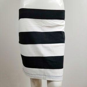 Gap Black White Striped Bodycon Stretch Skirt Sm